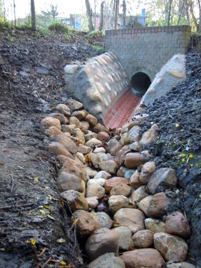 Regenwasserauslauf im Stadtpark Harburg