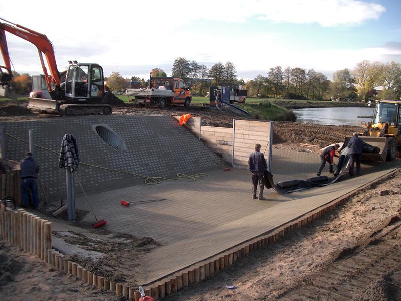 Steinsetzerarbeiten, Pflasterarbeiten, Regenrückhaltebecken, Gewerbegebiet Alter-Postweg
